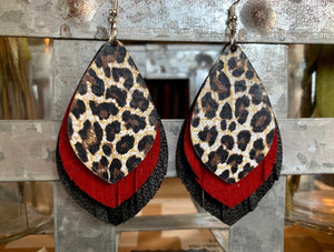 LAYERED LEOPARD STACK EARRINGS