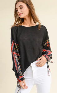 BLACK EASTER LILY TOP