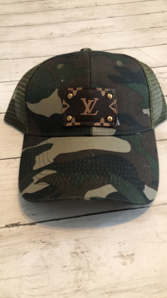 UPCYCLED LV PATCH CAPS - CAMO