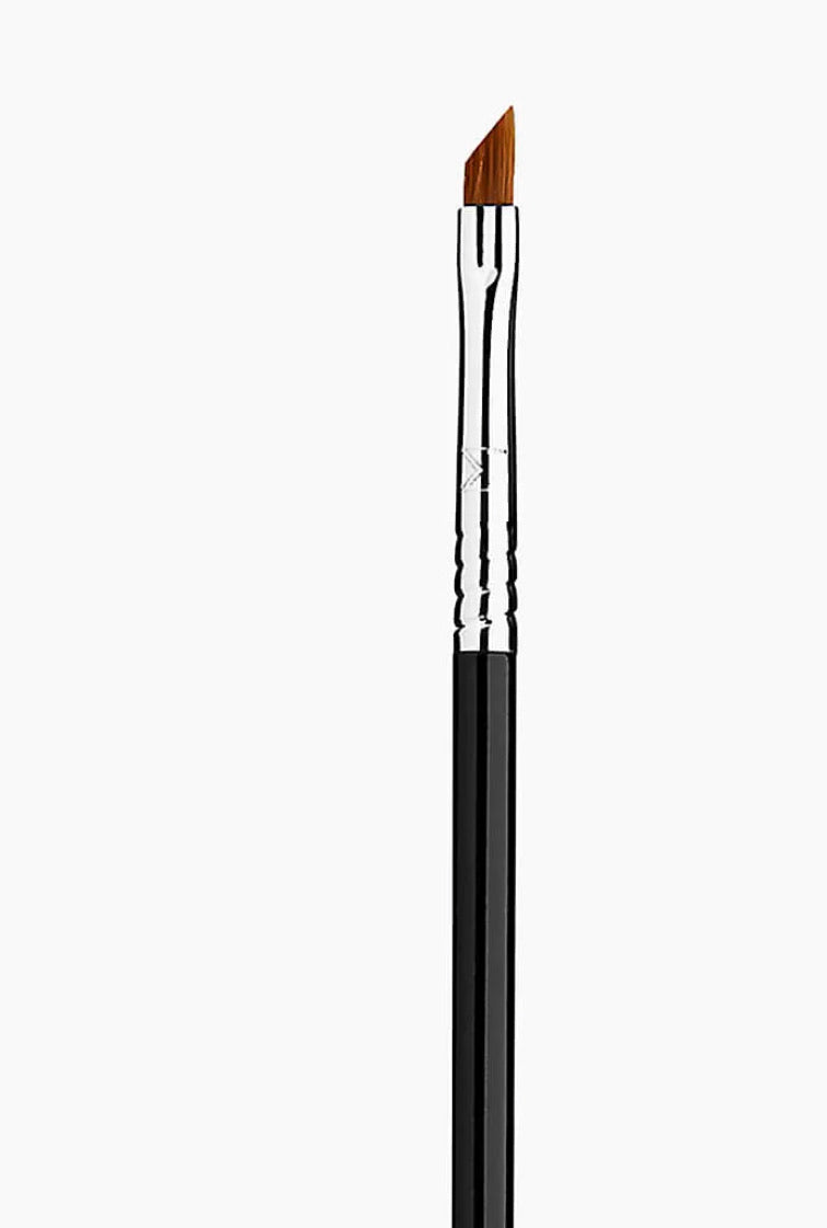 Sigma - E06 Winged Eyeliner Brush