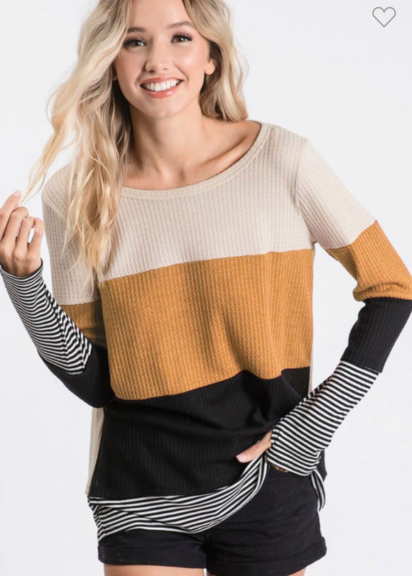 THE HARVEST THUMBHOLE TOP - MUSTARD