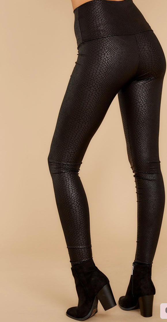 FAUX LEATHER SNAKEPRINT LEGGINGS