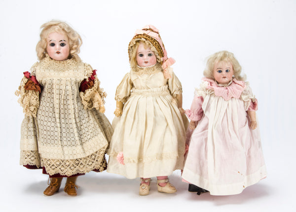 Antique Doll. Videos