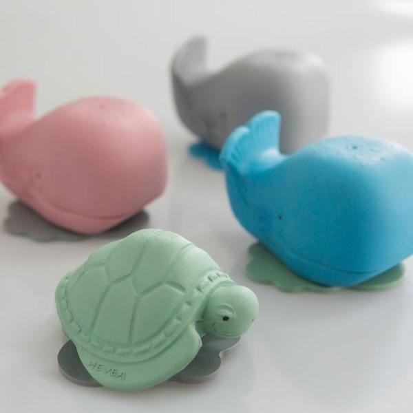 Hevea | Ingolf the Whale & Dagmar the Turtle - Alex and Moo