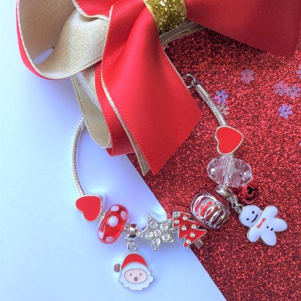 Lauren Hinkley | Christmas Charm Bracelet - Alex and Moo