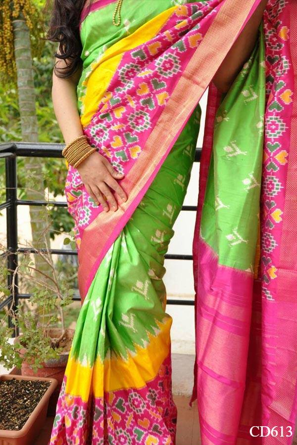 Green Colored Traditional Silk Saree With Blouse For Women