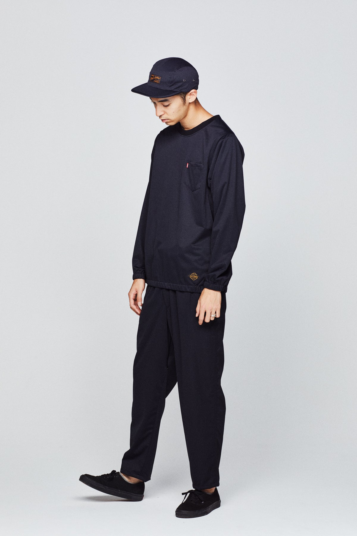 3LAYER NYLON CREW