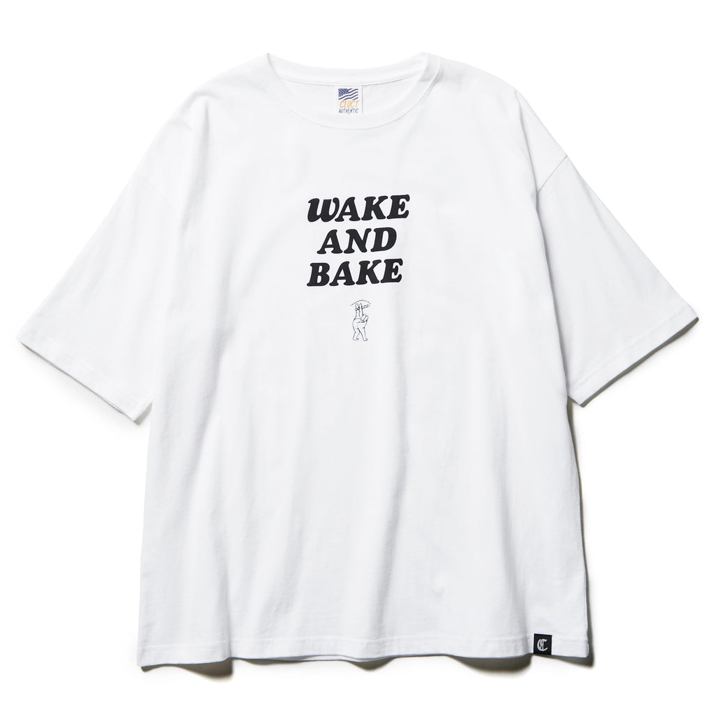 WAKE AND BAKE [S/S TEE][W] 04223 - CLUCT