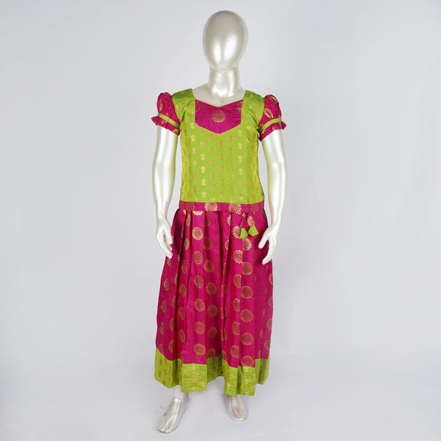 Art Silk pattu paavadai / lehenga well fitted blouse & skirt with cute combo - thenesavu