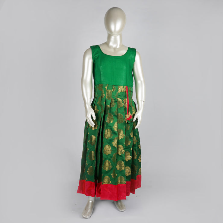 The Nesavu Pattu Pavadai Brocade Jacquard Silk Green Pattu Pavadai for Babies With Puff Sleeves psr silks Nesavu
