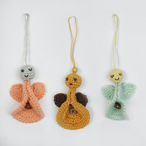 Sei Gai Handicrafts Hand Crocheted Angel Heads With Natural Organic Tie And Dyed Safety Cotton blankets By Sei Gai psr silks Nesavu