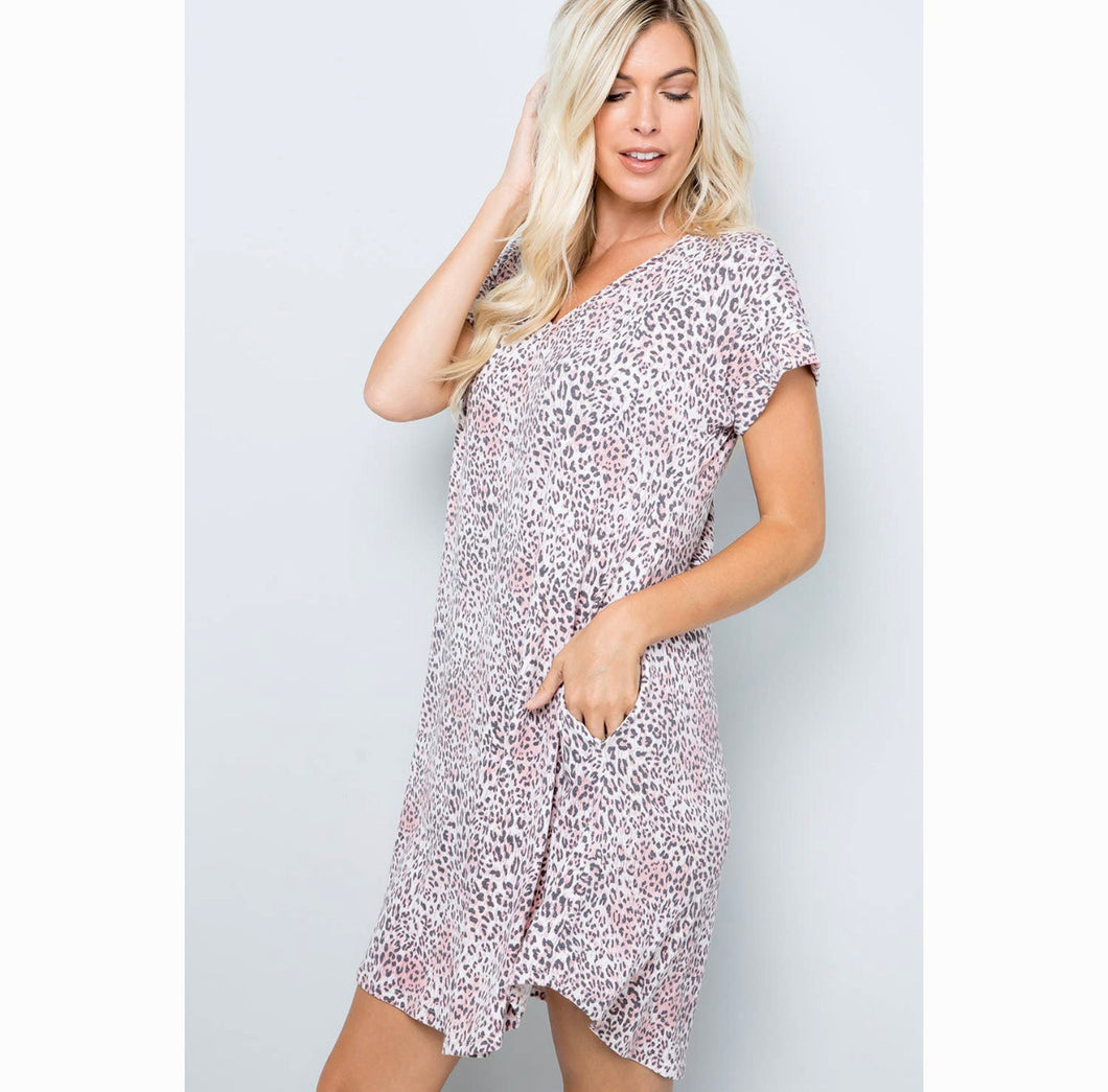 Mauve Leopard Short Sleeve Dress with Pockets