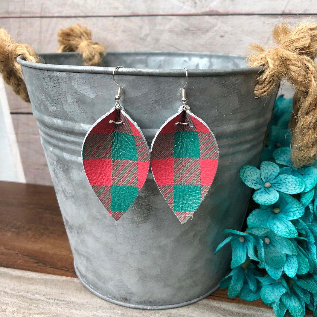 Red & Green Buffalo Plaid -Leaf
