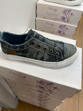 Load image into Gallery viewer, Blowfish Sneaker PLAY - Grey Camo