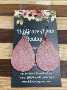 BGA Gems - Pale Pink Pebbled Tear Drops