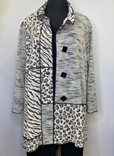 Load image into Gallery viewer, Ali Miles - Mixed Print White and Black Textured Jacquard 3/4 Sleeve Exposed Seam Jacket
