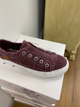 Load image into Gallery viewer, Blowfish Sneaker PLAY - Burgundy