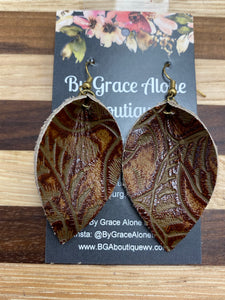 BGA Gems - Brown Western Tool Leaf