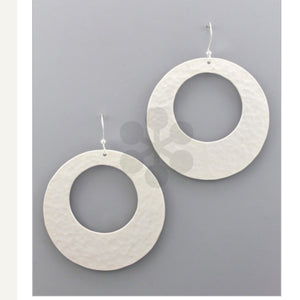Hammered Metal Circle Earrings - Silver