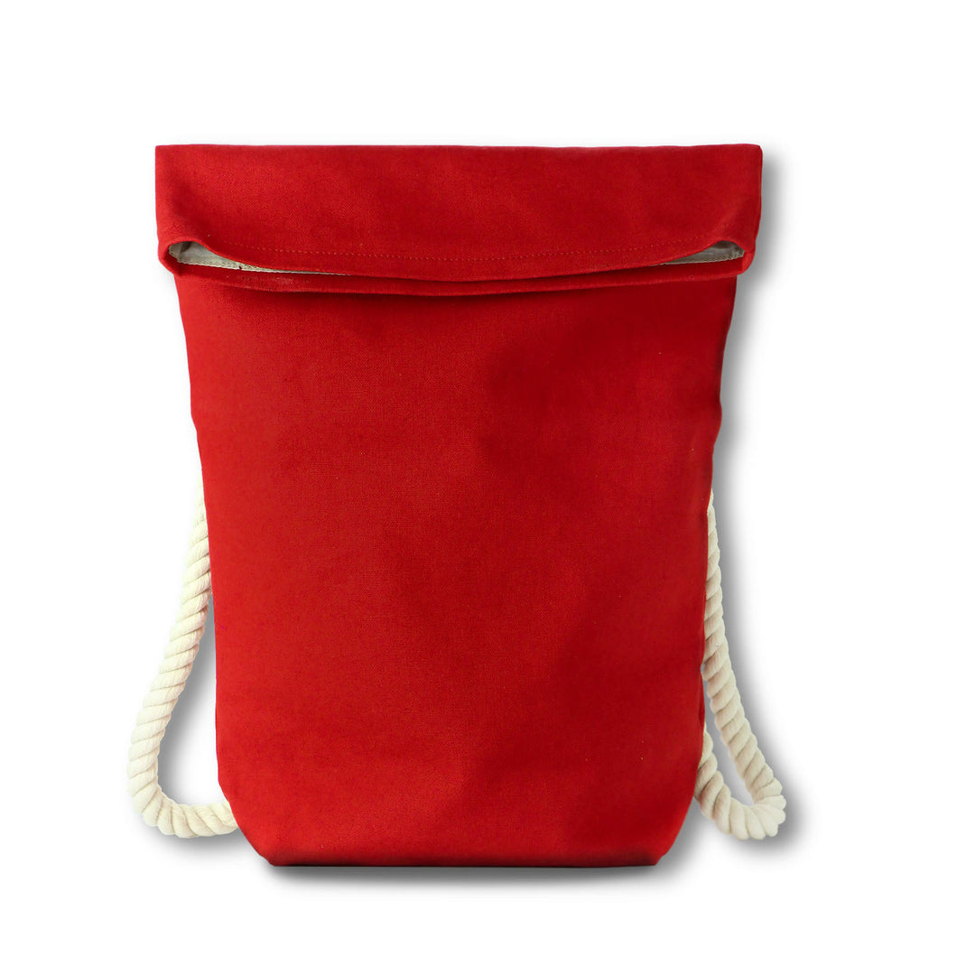 Backpack in red hemp canvas with off white cotton straps