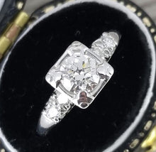 Load image into Gallery viewer, Vintage diamond engagement ring