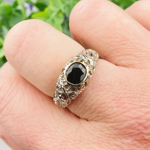 Vintage forest green sapphire ring in 14k white gold