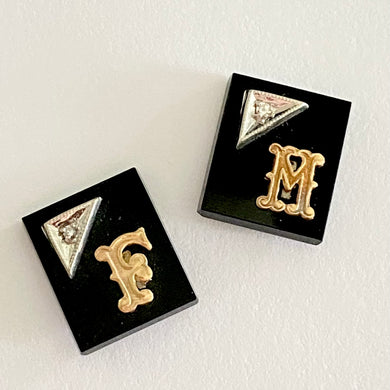 Loose onyx diamond and initial stones