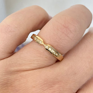 Shaped diamond band in 14k yellow gold