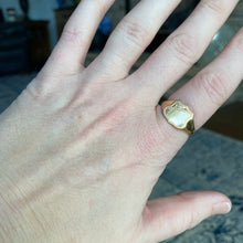 Load image into Gallery viewer, Shield shaped signet ring in yellow gold