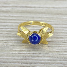 Load image into Gallery viewer, Lapis in 18k yellow gold ring