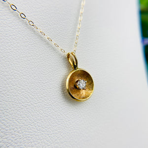 Vintage diamond necklace in 14k yellow gold