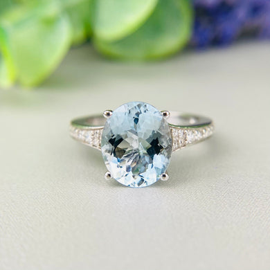 Aquamarine and diamond ring in 14k white gold by Effy