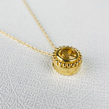 Load image into Gallery viewer, Citrine necklace in yellow gold