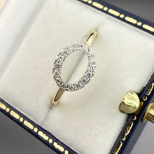 Load image into Gallery viewer, Diamond halo ring in yellow gold