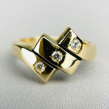 Load image into Gallery viewer, Heavy Diamond ring in yellow gold