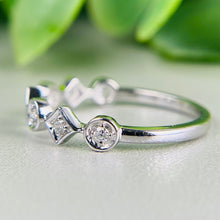 Load image into Gallery viewer, Diamond band in 14k white gold