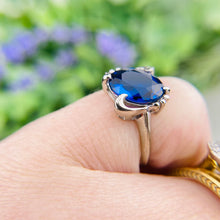 Load image into Gallery viewer, Royal blue spinel ring in white gold