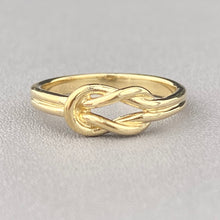 Load image into Gallery viewer, Yellow gold lovers knot ring