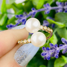 Load image into Gallery viewer, Beautiful pearl bypass ring with diamonds in 14k yellow gold