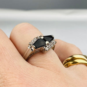 Onyx and clear quartz vintage ring in white gold