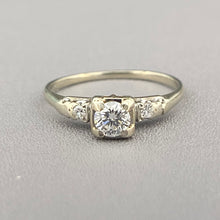 Load image into Gallery viewer, Diamond ring in 14k white gold