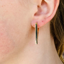 Load image into Gallery viewer, Triangular hoops in 14k yellow gold