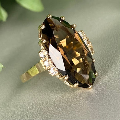 Vintage Smokey Quartz ring in yellow gold