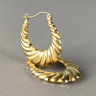 Yellow gold vintage creole earrings