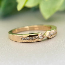 Load image into Gallery viewer, Shaped diamond band in 14k yellow gold