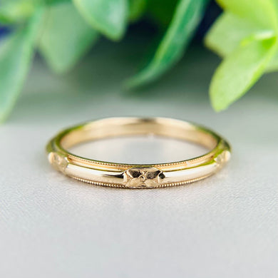 14k yellow gold vintage orange blossom patterned band by Artcarved