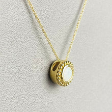 Load image into Gallery viewer, Opal necklace in yellow gold
