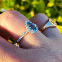 Load image into Gallery viewer, Aquamarine and Diamond 14k white Gold Ring