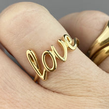 Load image into Gallery viewer, Yellow gold 'love' ring