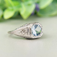 Load image into Gallery viewer, Vintage 10k white gold aquamarine ring